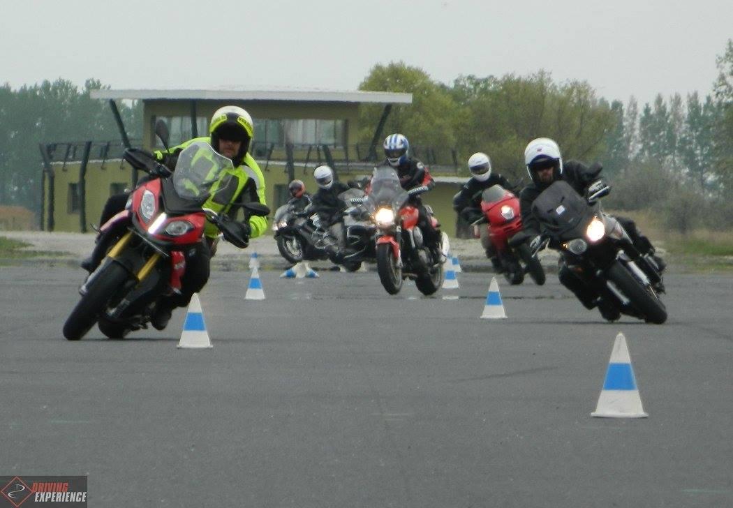 A motoros tréningekre nem a kis sebesség a leginkább jellemző